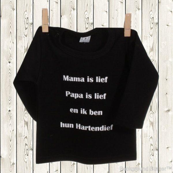 Bedrukte Baby t-shirtjes - ik ben hun hartendief - zwart. Hip en modern is dit zwarte bedrukte t-shirtje met witte letters