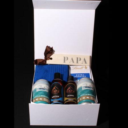 Papa Cadeau - Bier-en verzorgings-pakket voor Papa's. Houdt hij van bier,en is hij ijdel? Dan is deze bewaardoos precies wat u zoekt als cadeau voor hem