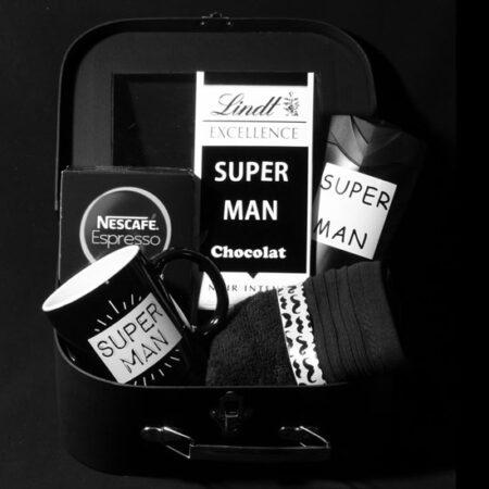 Cadeau voor mannen - geschenkpakket Super Man. Vind je het ook moeilijk een leuk cadeau voor een man te vinden? Super Man is dan een heel origineel cadeau