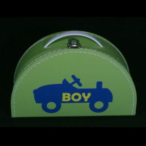 Stoer geboortekoffertje voor jongen - Geboortecadeau met auto BOY. Leuk groenkoffertje als geboortegeschenk is altijd leuk om te krijgen