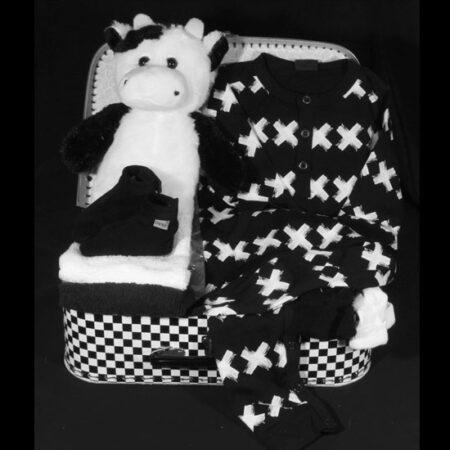 Een hip zwart wit koffertje met echt Oxxy schoentjes